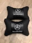 Подголовник подушка Mercedes черные